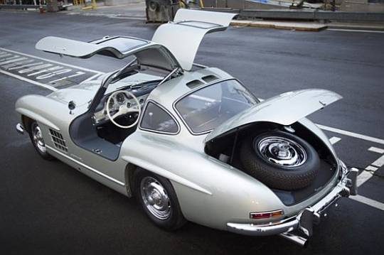 1955 Mercedes 300SL rear view