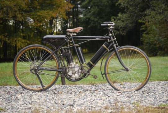 110 year-old Rambler Model B Indian Motorcycle to fetch up to $80,000 at auction