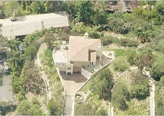 photo: house/residence of beautiful 8 million earning Hollywood Hills, LA, USA-resident