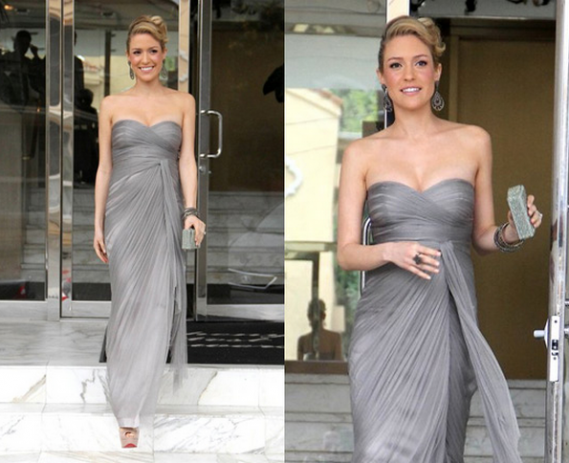 Cavallari attended an Oscar party flaunting her designer gown.