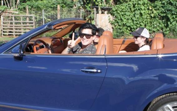 Adam Lambert drives Bentley Convertible GTC