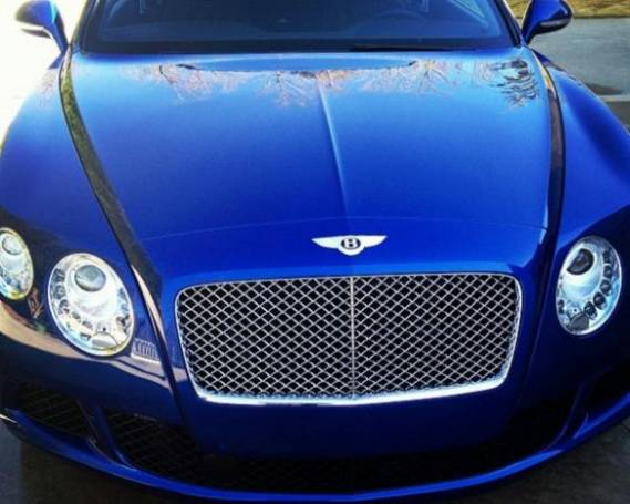 Ludacris drives blue color Bentley Continental GT