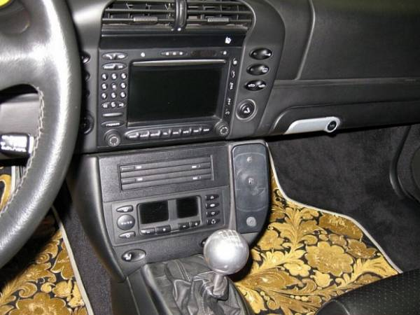 Porsche 996 Turbo cabriolet gold plated control panel