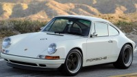 Singer & Cosworth team up for the new custom-made Porsche 911