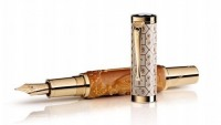 Mont Blanc crafts limited edition Max Reinhardt Pen for 10th Anniversary of the brand's association