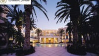 The Gold Coast Palazzo Versace Hotel up for sale at $80 million
