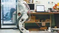 HUBO 2 Humanoid Robot can be yours for $400,000