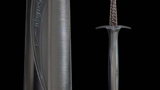 The Lord of the Rings Master Swordsmith's Collection is for the moviebuff