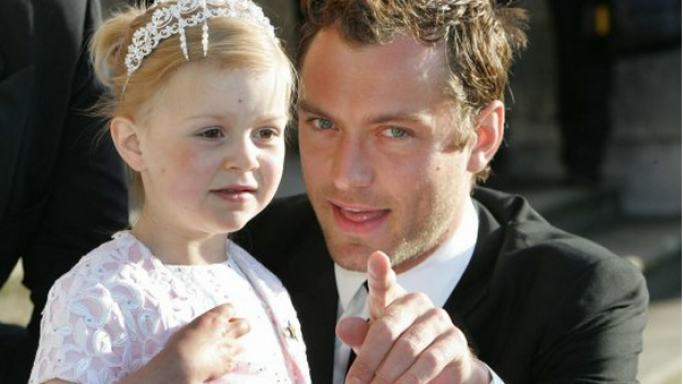 Jude Law at Make a Wish Foundation annual ball in 2007