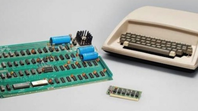 Christie's to auction former Apple employee's Apple-1 personal computer