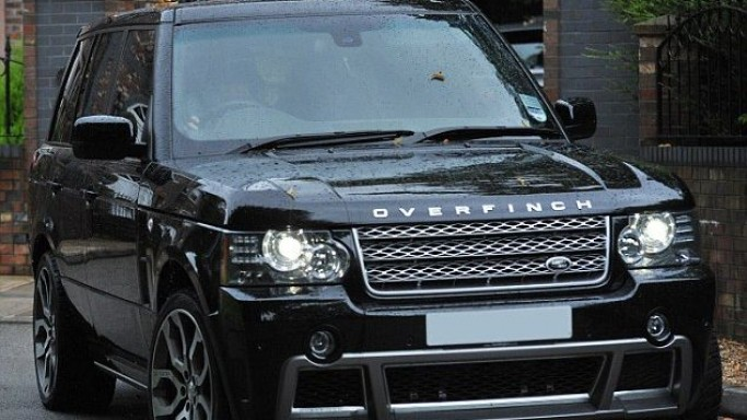 Tamara Ecclestone owns a Overfinch Range Rover in black color.