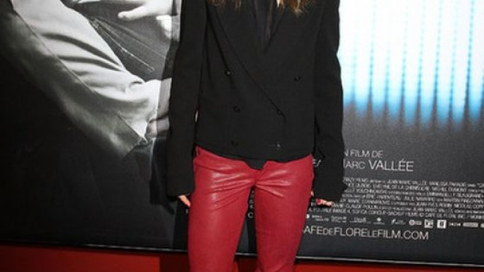 "The singer wore these low rise crinkled stretch leather jeans to the January 2012 premiere of the movie ""Cafe de Flore Paris""."