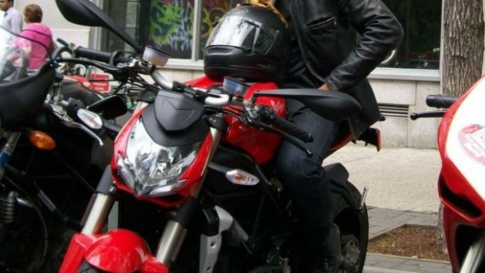 Orlando Bloom rides Ducati streetfighter
