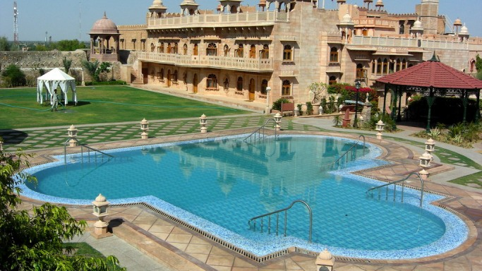 An Exclusive Holiday Package from WelcomHeritage!