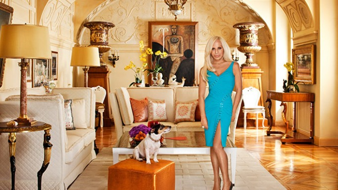 donatella versace net worth biography quotes wiki assets cars homes and more. Black Bedroom Furniture Sets. Home Design Ideas