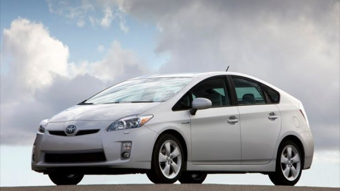 Prius car - Color: White  // Description: beautiful