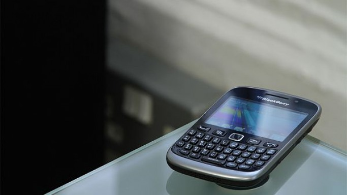Justin was seen a number of times making calls via his ultra-stylish BlackBerry Curve