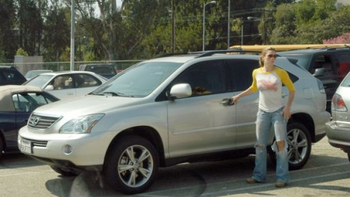 Lexus RX400h car - Color: Silver  // Description: wonderful