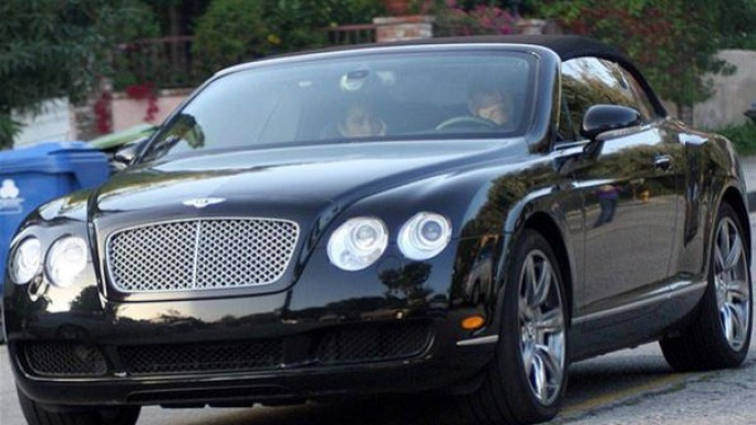 Bruce Willis drives Bentley Continental GTC