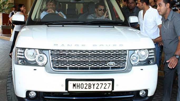 Salman Khan Cars Images Salman Khan drives Land Rover