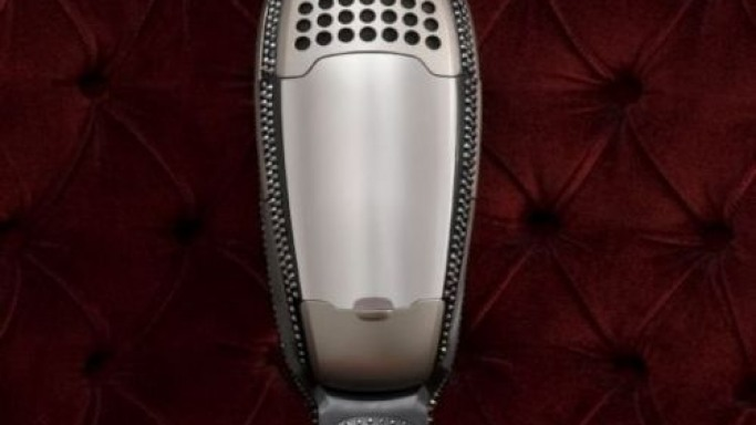 Blinged ErgoRapido vacuum cleaner