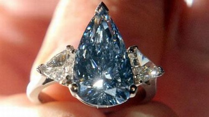Rare blue diamond auctioned for $6.4m at Sotheby's