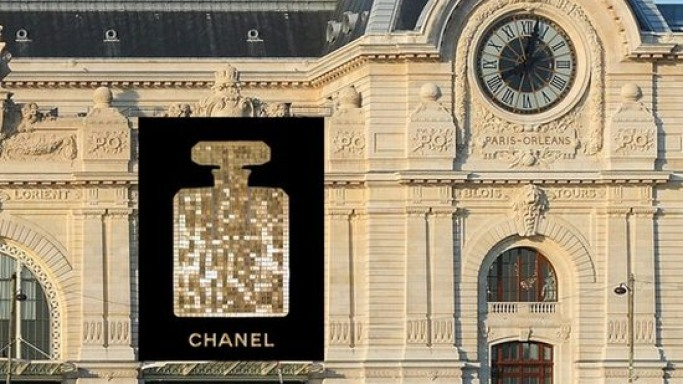 Chanel No. 5 perfume flacon to adorn Musée d'Orsay next month