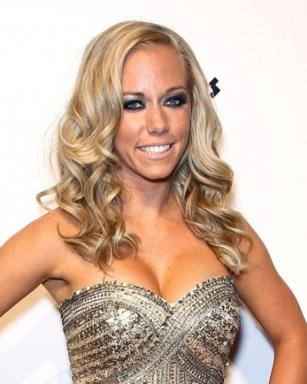 Kendra Wilkinson: Biography, Net Worth, Quotes, Wiki