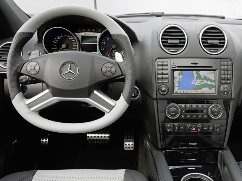 Mercedes ML63 AMG Interior